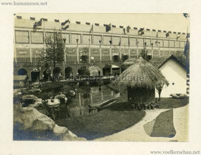1894 Exposition Universelle d'Anvers - Congo vue du Village CDV 2 Detail