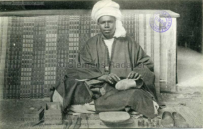 1906-exposition-coloniale-paris-village-noir-cordonnier-senegalais