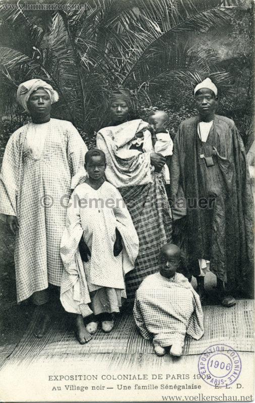 1906 Exposition Coloniale Paris - Village Noir - Une famille Sénégalaises