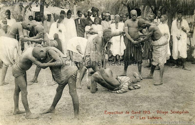 1913 Exposition de Gand - Village Sénégalais - 17. Les lutteurs