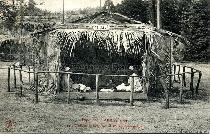 1904 Exposition d'Arras - 12. Tailleur et Brodeur au Village Sénégalais