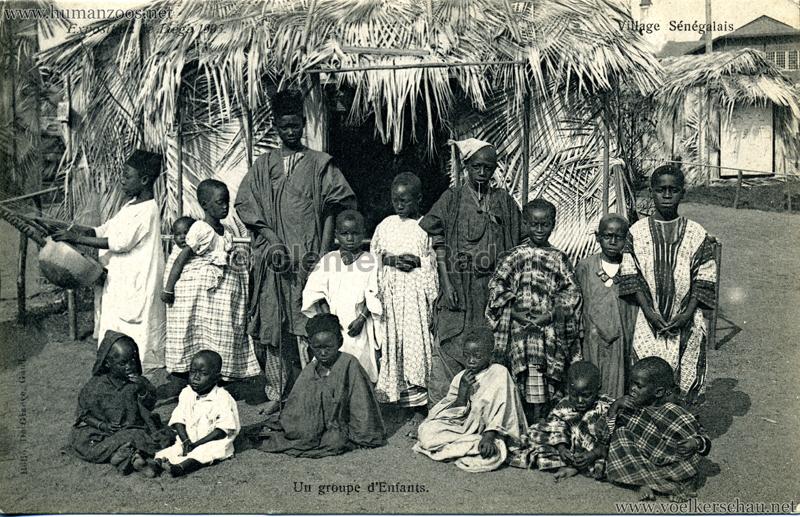 1905 Exposition de Liège - Village Sénégalais - Un groupe d'Enfants