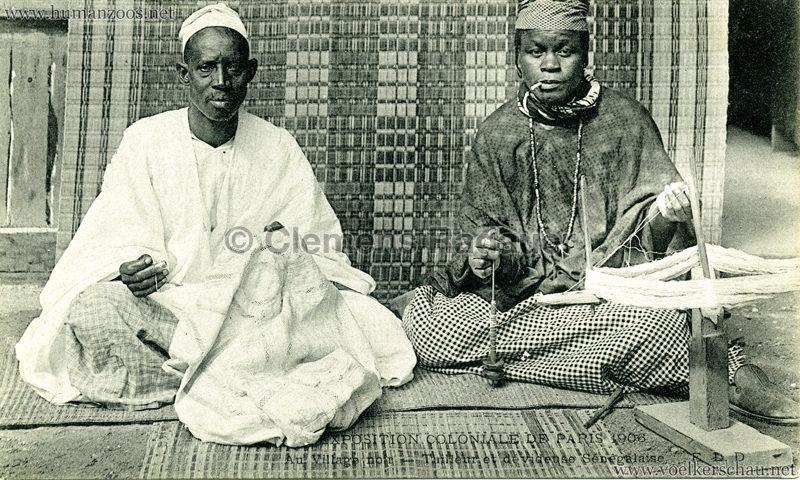 1906 Exposition Coloniale Paris - Village Noir - Tailleur et dévideuse Sénégalaise