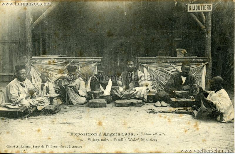 1906 Exposition d'Angers - 12. Village Noir - Famille Wolof, bijoutiers