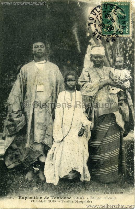 1908 Exposition de Toulouse - 25. Village Noir - Famille Sénégalaise