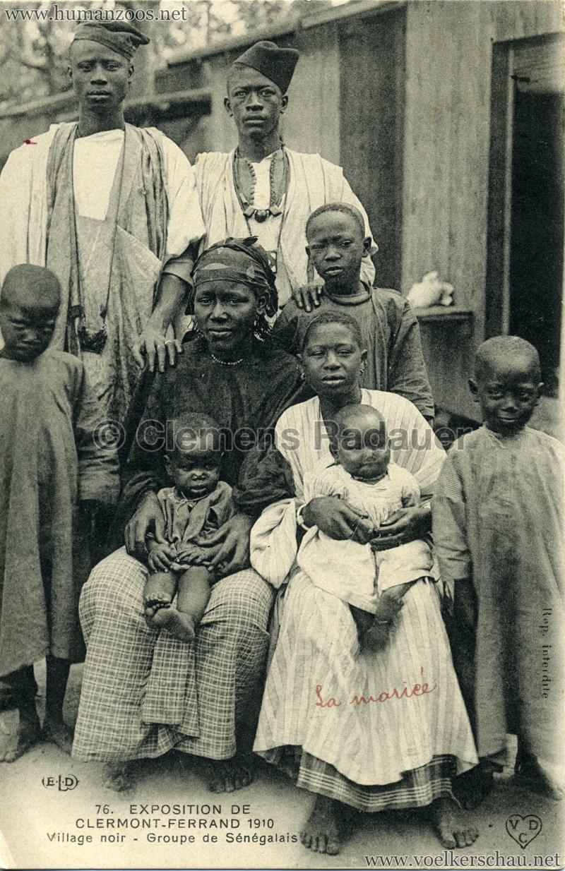1910 Exposition de Clermont-Ferrand 76. Village Noir - Group de Sénégalais