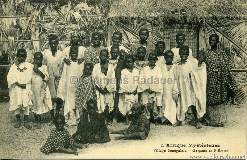 1910 L'Afrique Mystérieuse - Jardin d'Acclimatation -  Garçons et Fillettes