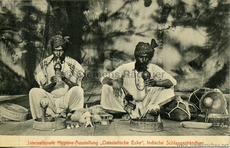 1911 Internationale Hygieneausstellung Dresden - Ostasiatische Ecke - Indische Schlangenbändiger