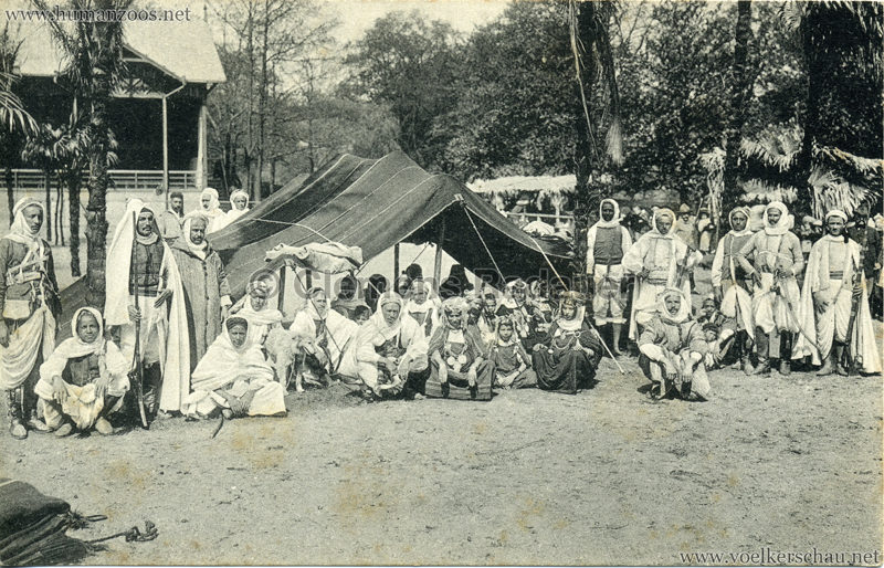 1912 Marquardt's Beduinen-Karawane 9. Beduinenzelt mit Angehörigen der Karawane