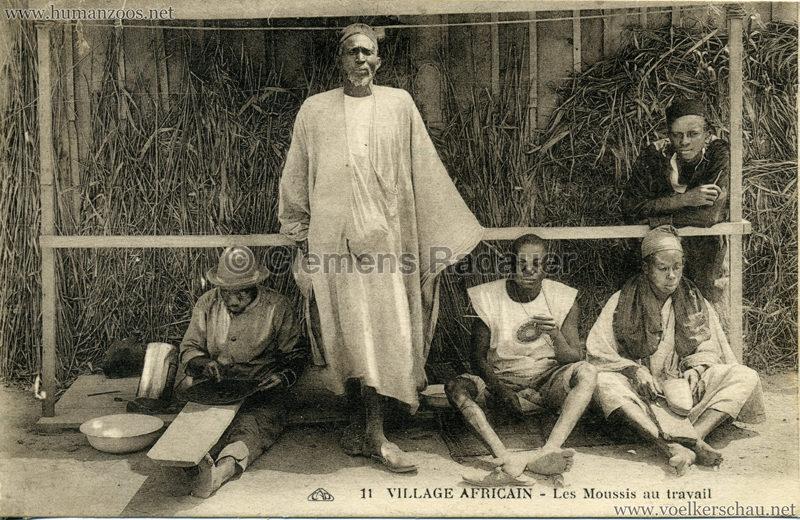 1928 Exposition de Brest - Village Africain - 11. Les Moussis au travail VS