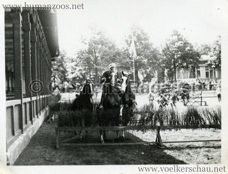 1932 Djigit Kuban Kosaken bei Hagenbeck - Foto