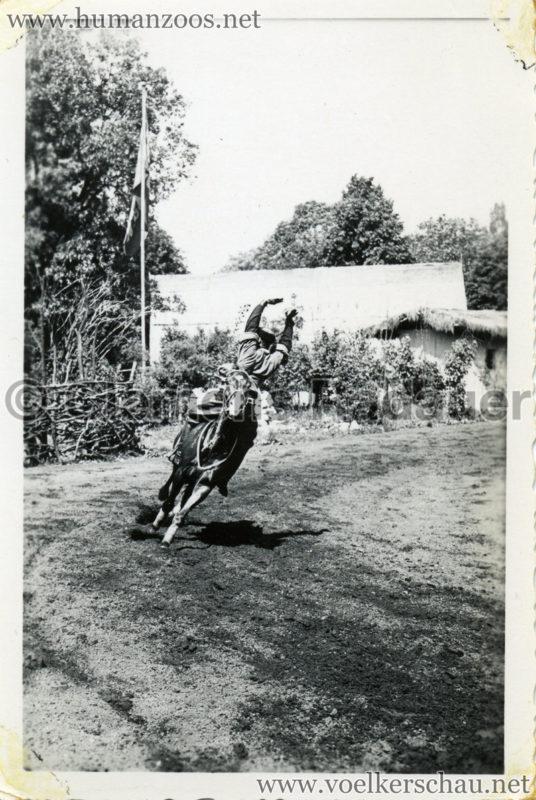1932 Djigit Kuban Kosaken bei Hagenbeck - Foto 12