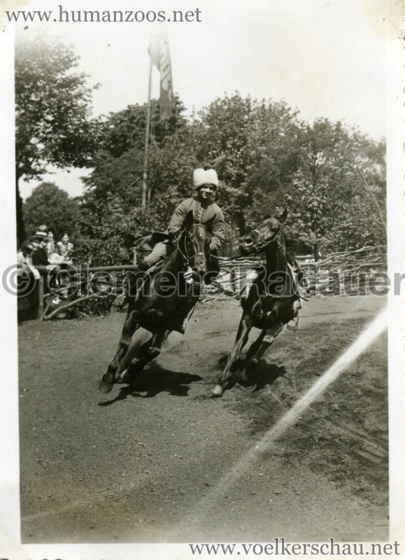 1932 Djigit Kuban Kosaken bei Hagenbeck - Foto 15