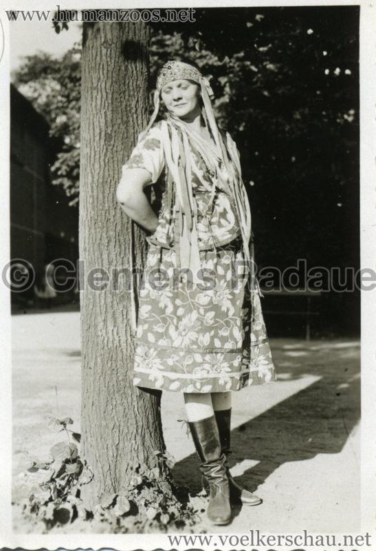 1932 Djigit Kuban Kosaken bei Hagenbeck - Foto 19