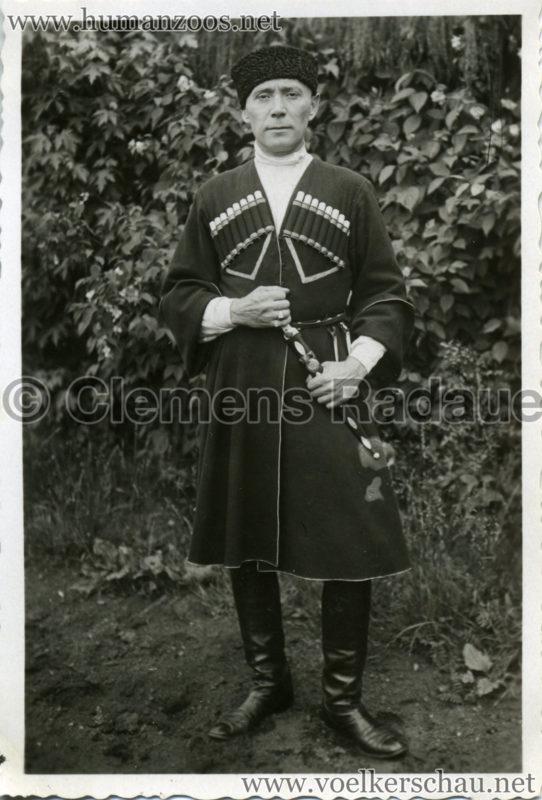1932 Djigit Kuban Kosaken bei Hagenbeck - Foto 20