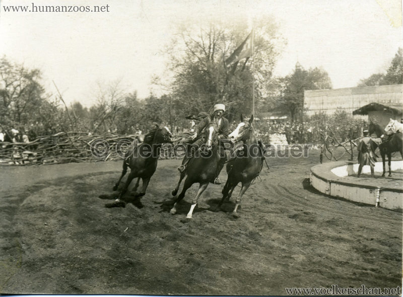 1932 Djigit Kuban Kosaken bei Hagenbeck - Foto 37