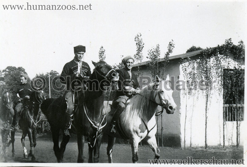 1932 Djigit Kuban Kosaken bei Hagenbeck - Foto 40