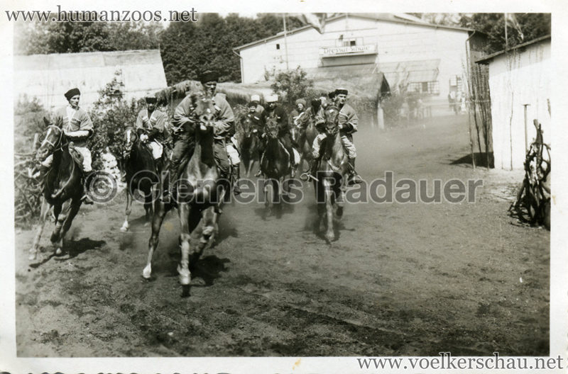 1932 Djigit Kuban Kosaken bei Hagenbeck - Foto 46