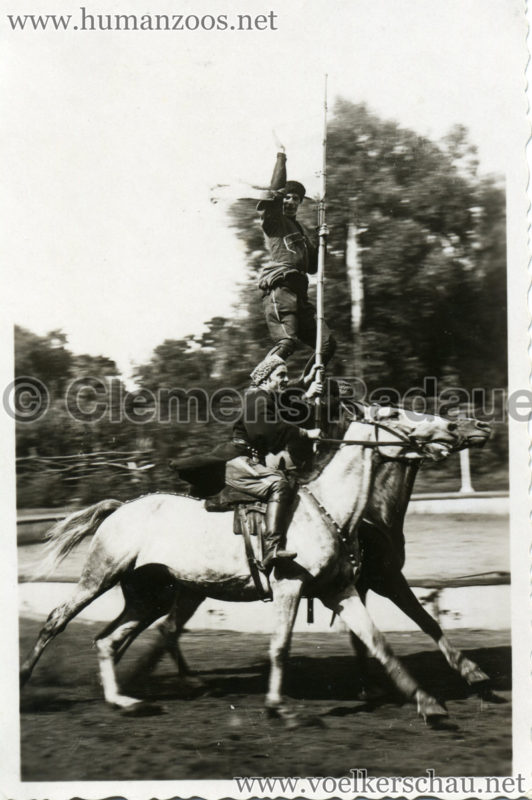 1932 Djigit Kuban Kosaken bei Hagenbeck - Foto 55