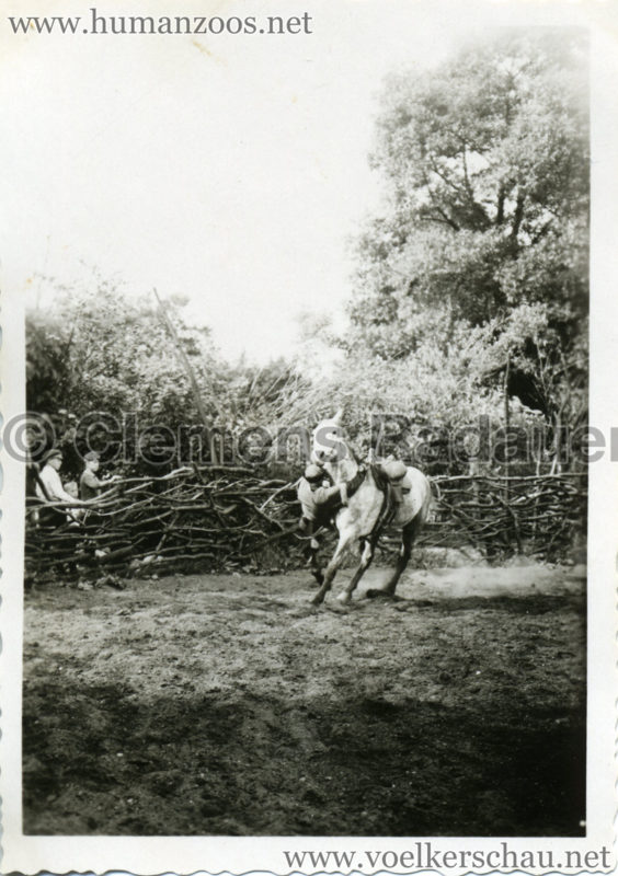 1932 Djigit Kuban Kosaken bei Hagenbeck - Foto 65