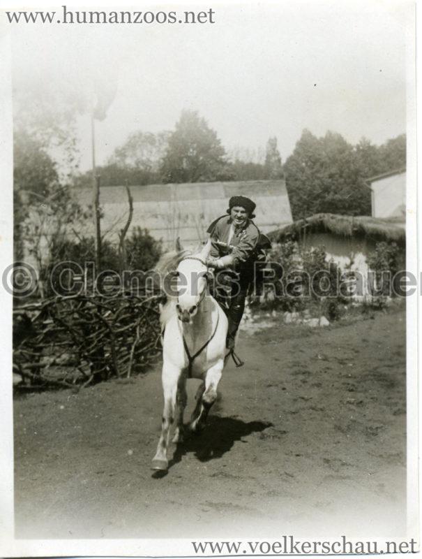 1932 Djigit Kuban Kosaken bei Hagenbeck - Foto 68