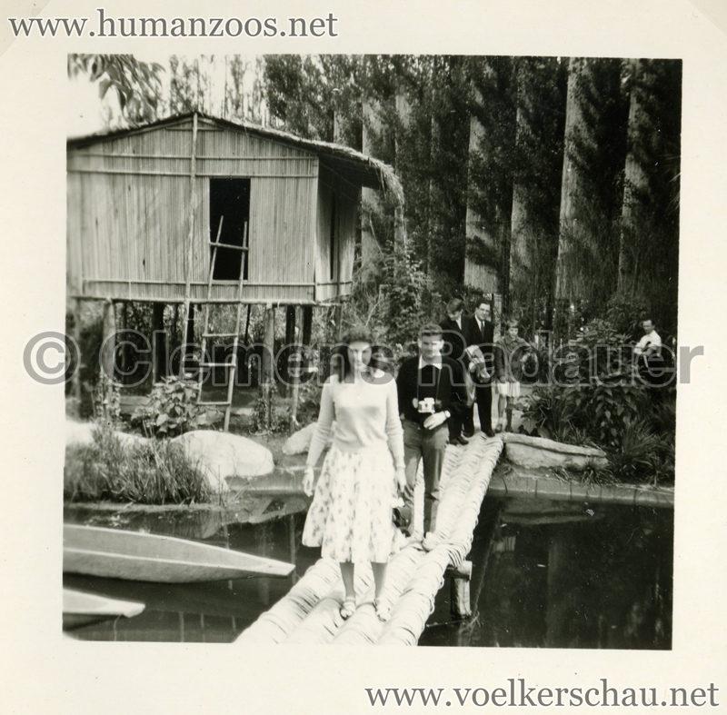1958 Exposition Universelle Bruxelles S3 - Village Congolais 2