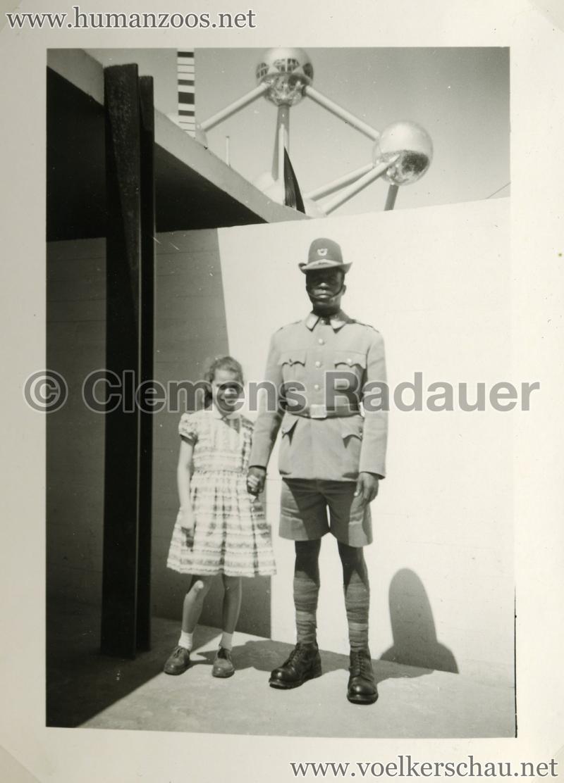 1958 Exposition Universelle Bruxelles S3 - Village Congolais 5