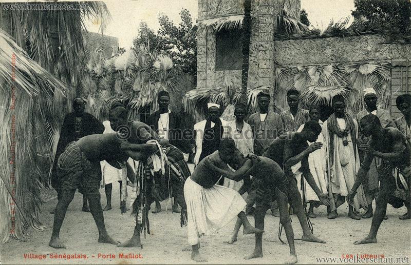 Porte Maillot - Village Sénégalais - Les Lutteurs