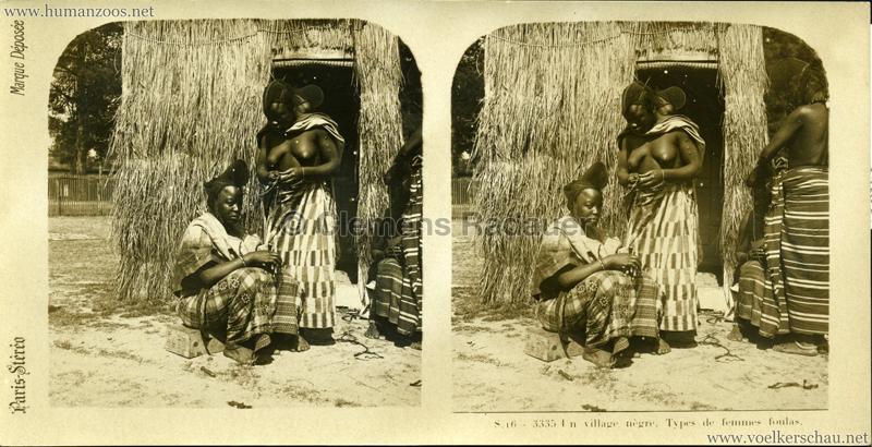 S 16 - 3335 Un village nègre. Types de femmes foulas. (Paris?)