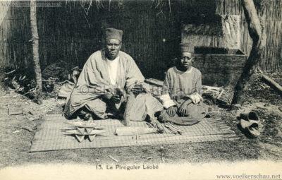 Village Africain (???) - 13. Le Piroguier Laobé