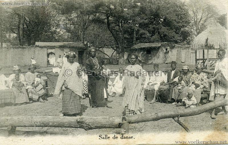 village-noir-salle-de-danse