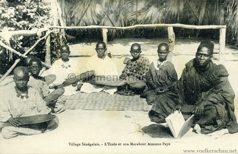 Village Senegalais - L'ecole et son Marabout Assanne Paye 1909.08.13 VS