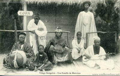 Village Senegalais - Une famille de Musiciens 1909.08.13 VS