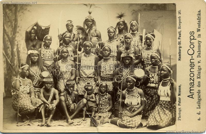 Amazonen-Corps a. d. Leibgarde des Königs v. Dahomey in Westafrika
