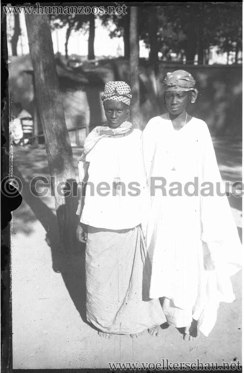1900 Exposition Universelle de Paris - Living Madagascar - Glassdia 2