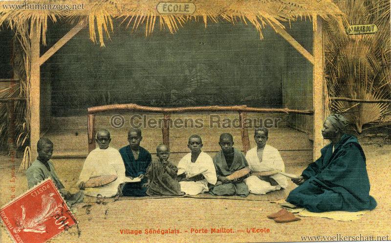 Porte Maillot - Village Sénégalais - L'Ecole farbe