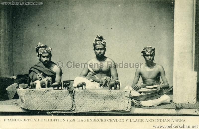Ceylon Village & Indian Arena - 31. 3 Männer sitzend