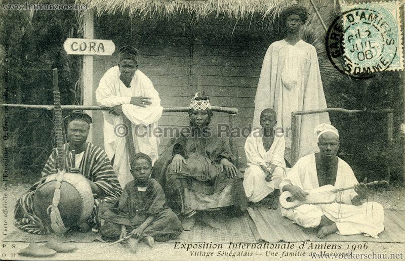1906 Exposition Internationale d'Amiens - Village Sénegalais - Une famille des musiciens