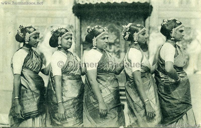 1911:1912 Gustav Hagenbeck's grösste indische Völkerschau der Welt - Fünf Frauen VS