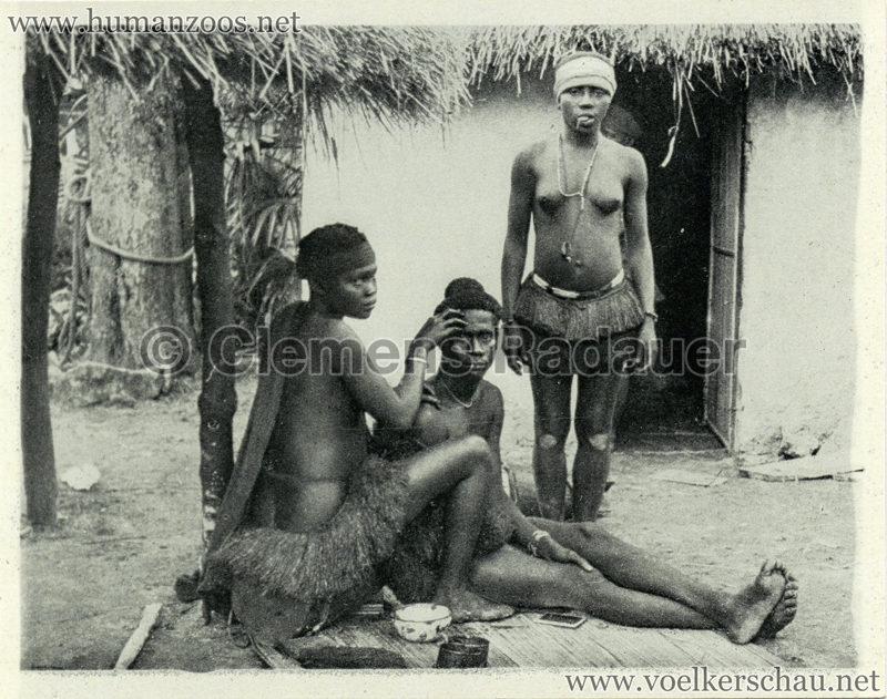 1934 Exposicao Colonial Portuguesa - FOTO HEFTCHEN - 32358 Procedendo a toilete