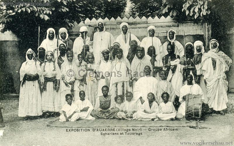 1908 Exposition d'Auxerre - Village Noir - Groupe Africain Ecole Sahariens et Touaregs VS