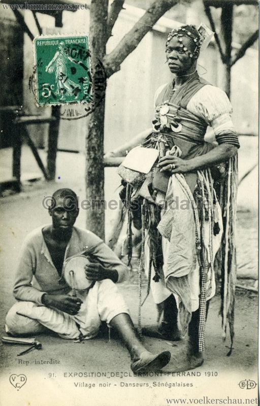1910 Exposition de Clermont-Ferrand 91. Village Noir - Danseurs Sénégalaises