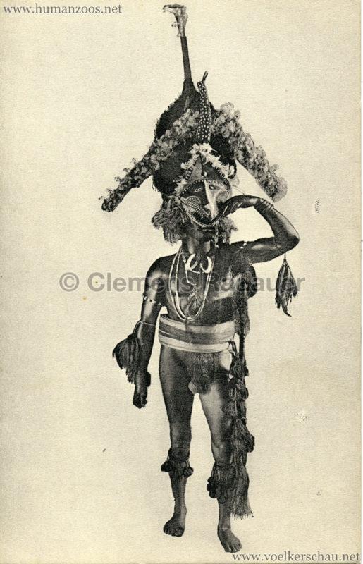 Mann aus den Neuen Hebriden im Tanzschmuck mit Maske