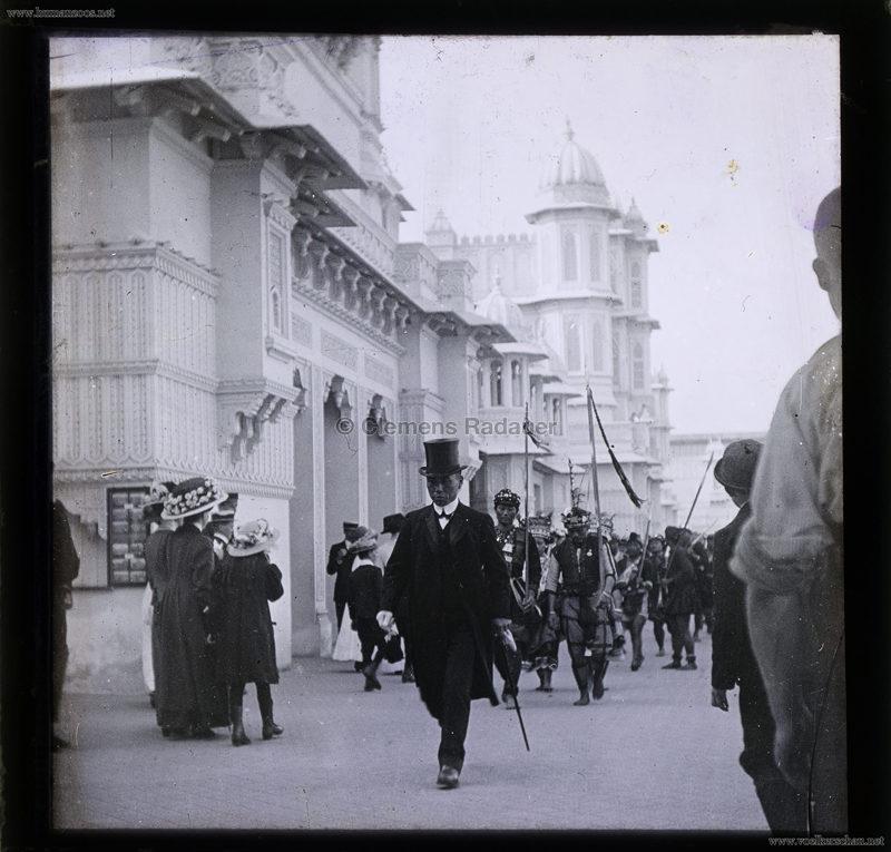 1910 Japan-British Exhibition - Formosa Village - GLASS SLIDE