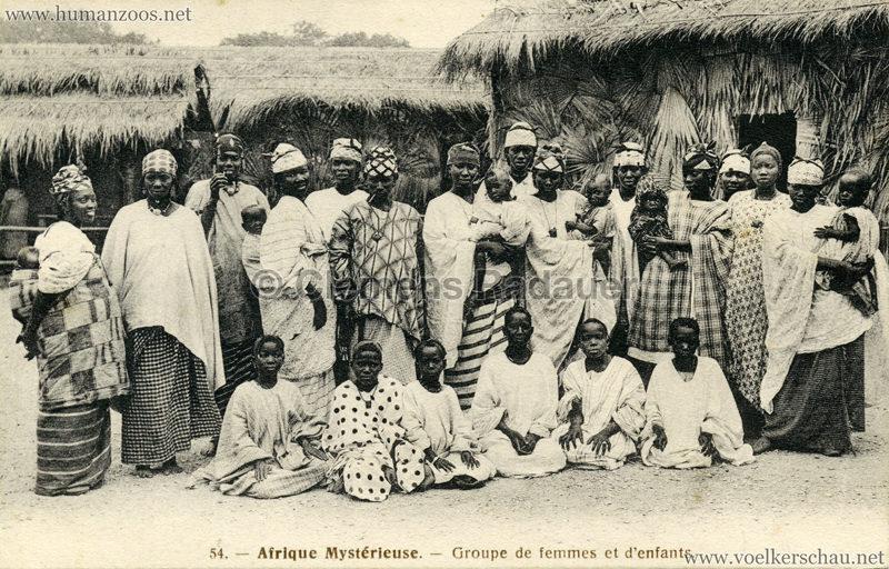 1910 L'Afrique Mystérieuse - Jardin d'Acclimatation - 54. Groupe des femmes et d'enfants