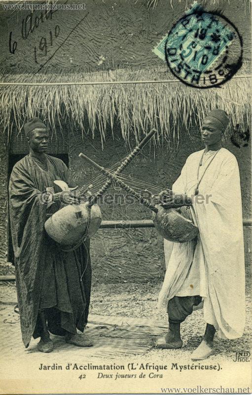 1910 L'Afrique Mystérieuse - Jardin d'Acclimatation - 42. Deux joueurs de Cora gel.06.08.1910