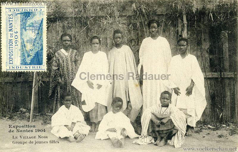 1904 Exposition de Nantes - Le Village Noir - Groupe de jeunes filles