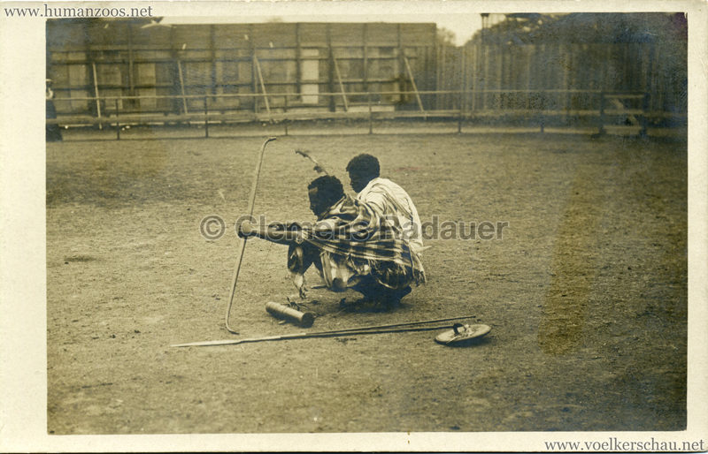 Hagenbeck Somalis - Bogenschützen