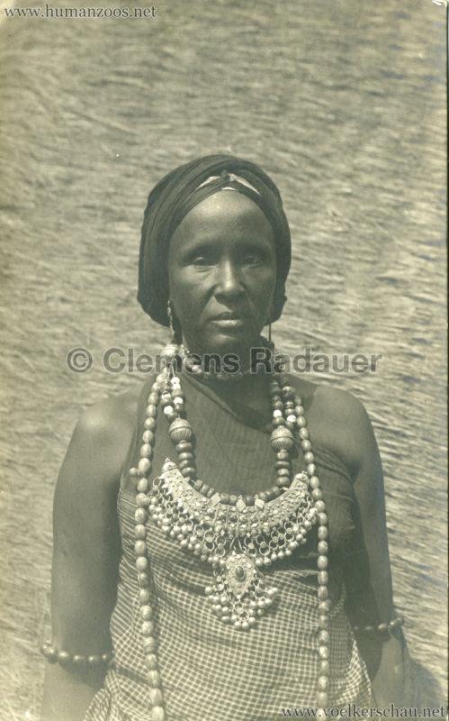Hagenbeck Somalis - Frau
