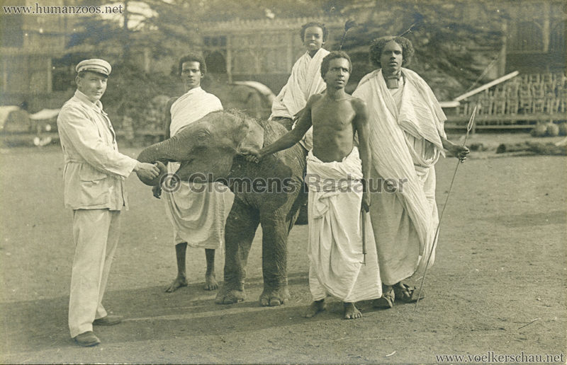 Hagenbeck Somalis - Junge Männer & Elefant